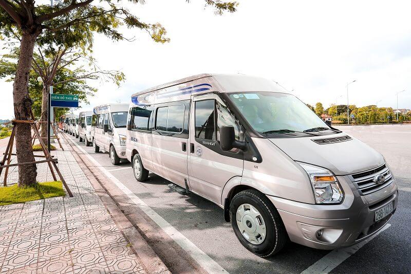 Cho thuê xe Ford Transit