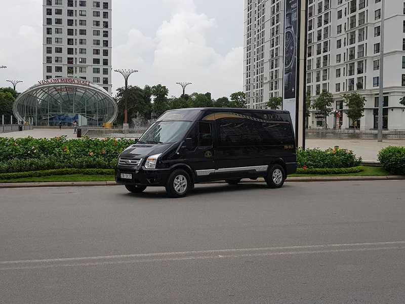 Nở rộ xu hướng xe Limousine 10 chỗ tại Việt Nam